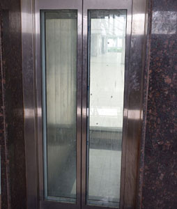 Automatic-elevator-glass-door-passenger-lift